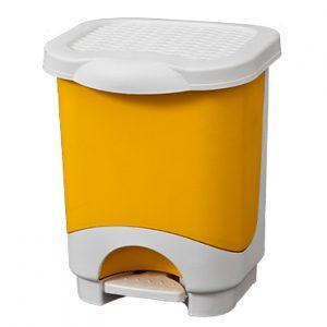 פח אשפה מפלסטיק עם דוושה 8 ליטר